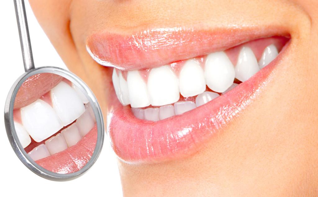 Почему зубы прозрачные? – 7 причин, 1 решение